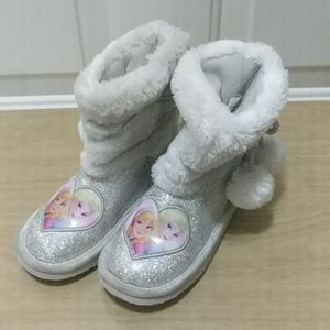 Size toddler 11 girls Frozen snow boots
